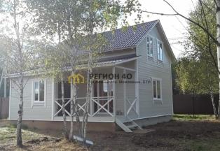 Дом  в уютном поселке около водоема