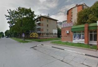 Трехкомнатная квартира в тихом районе города