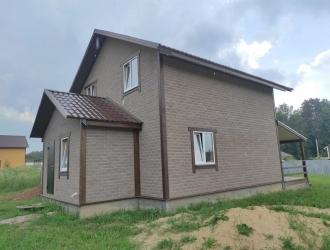 1018, Дом с коммуникациями в деревне в 30 км от Новой Москвы