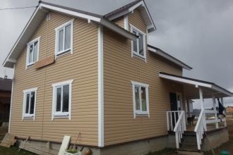 Обжитой зимний дом в экологичном месте Боровского района.