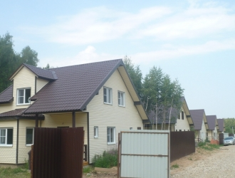 763, Дом в деревне со всеми коммуникациями от Собственника в красивом месте
