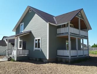 809, Дом для проживания в деревне с коммуникациями